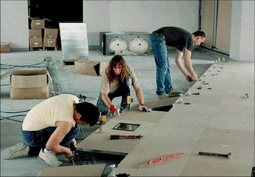 Poseurs de planchers techniques