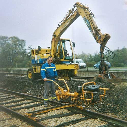 Poseur de voie ferrée